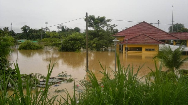 Banjir di Surau Bukit Angin temerloh